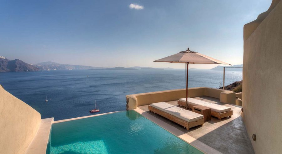 Mystique Hotel: The Soul of Santorini
