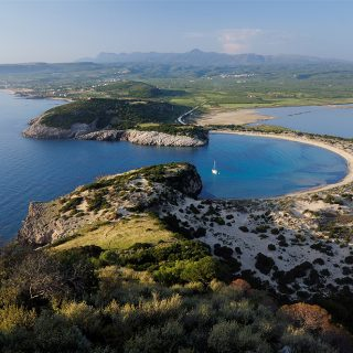 Stay at Costa Navarino on an early bird Spring Break