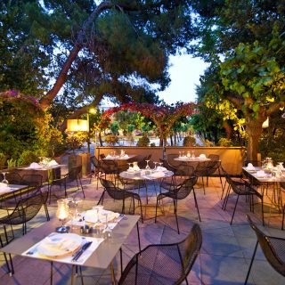 Timeless French allure at Spiros and Vasilis