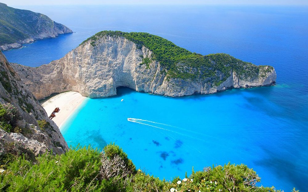 """Greece ranks No. 4 in TripAdvisor's """"Most Excellent"""" countries"""