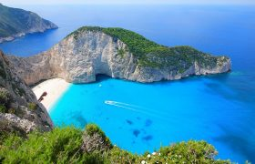 "Greece ranks No. 4 in TripAdvisor's ""Most Excellent"" countries"