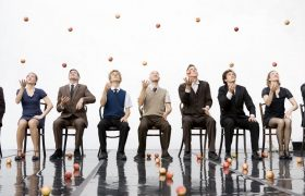Gandini Juggling: Smashed