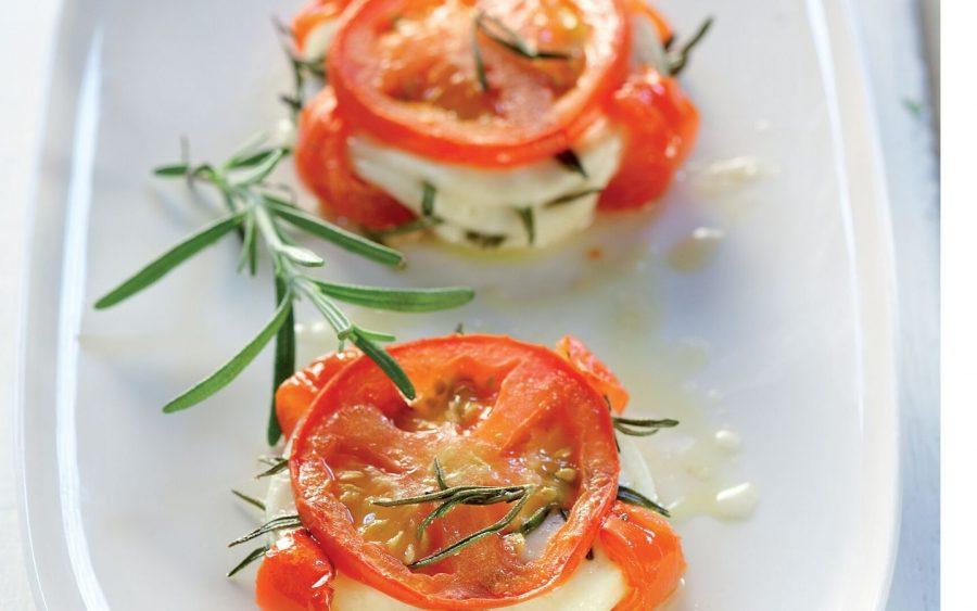 Flavourful Tomato Saganaki With Formaela cheese