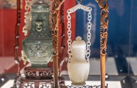 Chinese works of art from the Passas Collection