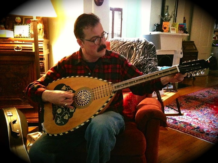 Christopher King: An Evangelist for Greek demotic music
